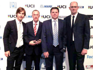 AIJC-boardmembers Stephen Farrand, Gregor Brown, Raymond Kerckhoffs and AIJC-delegate for Asia Jean-Francois Quenet at the UCI-gala